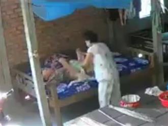 Hé lộ lời khai của cặp vợ chồng ngược đãi mẹ già 88 tuổi ở Tiền Giang