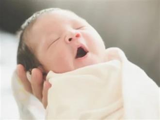 Bé gái sơ sinh 3 ngày tuổi mắc bệnh lậu do lây truyền từ bố mẹ