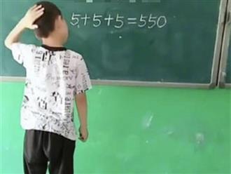 Bé trai biến phép tính '5 + 5 + 5 = 550' thành đúng trong 1 nốt nhạc khiến dân mạng rần rần thán phục