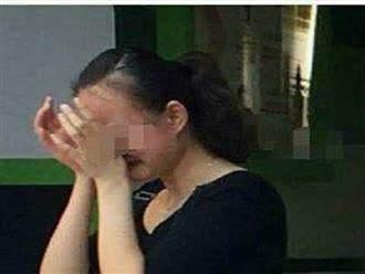 Bé gái 5 tuổi đi tiểu buốt và quần lót có dịch lạ, mẹ đưa đi khám thì bật khóc hối hận khi biết nguyên nhân là do mình