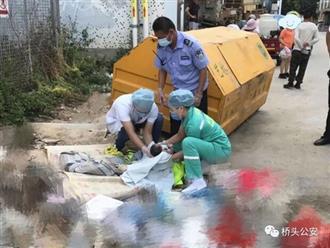 Không muốn nuôi dưỡng, cặp vợ chồng trẻ bỏ rơi con mới sinh ở bãi rác