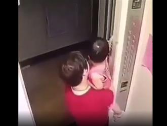 Clip cảnh báo tai nạn nguy hiểm với trẻ nhỏ khi đi thang máy