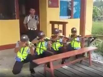 """Những anh cảnh sát """"diễn sâu"""" nhất quả đất"""