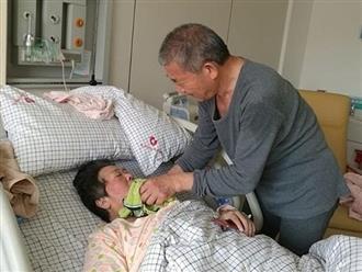 Cụ bà 67 tuổi thụ thai tự nhiên, hạ sinh bé gái cho chồng 68 tuổi