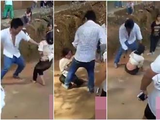 Clip: Chồng dùng thắt lưng đánh vợ dã man giữa đường khiến ai cũng căm phẫn