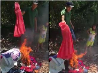 Góc khuất đau lòng sau đoạn clip chồng đốt ảnh cưới và quần áo của vợ trước mặt hai con nhỏ