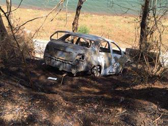 Cãi nhau với vợ, chồng lái ô tô chở cả gia đình lao xuống sông, chỉ 1 người còn sống