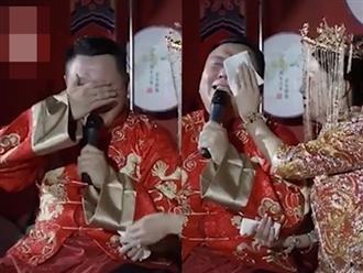 Chú rể khóc nức nở trong ngày cưới, biết lý do xong ai nấy đều cười lăn lóc
