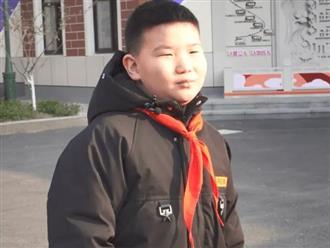 Chung cư bị cháy, cậu bé 9 tuổi bình tĩnh làm một hành động góp phần cứu sống tất cả người dân trong khu nhà