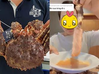 """Cô gái gây sốc tung clip """"ăn tươi nuốt sống"""" cua hoàng đế khi con vật vẫn còn ngọ nguậy, netizen bình luận: Sợ quá!"""