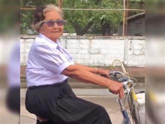 Clip cụ bà 84 tuổi mặc đồng phục, tự đạp xe đi thi lớp 6 đốn tim cộng đồng mạng vì quá đáng yêu