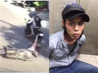 Người phụ nữ đang mang thai bị cướp giật túi xách, kéo lê trên đường phố gây bức xúc