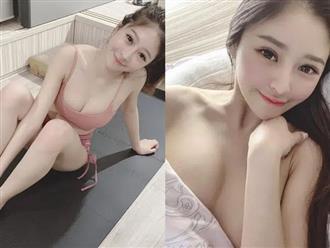 """Đang ngủ thì bị muỗi đốt, nàng hot girl thức giấc selfie, livestream khiến fan """"chảy máu mũi"""" với style ngủ nude"""