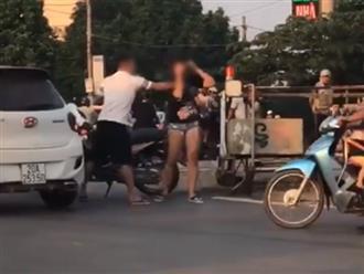 Clip nam thanh niên chửi bới, nắm đầu tát tới tấp bạn gái giữa đường gây phẫn nộ