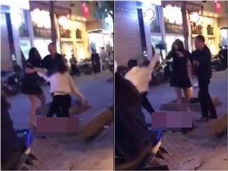 Bồ nhí đánh chửi vợ giữa phố Hà Nội: 'Bà già rồi nên chồng bỏ là đúng'