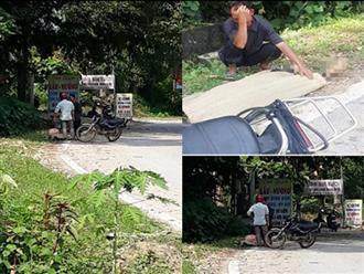 Đau lòng: Cụ ông 80 tuổi tử vong nghi do bị tài xế taxi bỏ rơi giữa trời nắng nóng, con trai phải buộc thi thể cha bằng dây thừng đưa lên xe máy về nhà