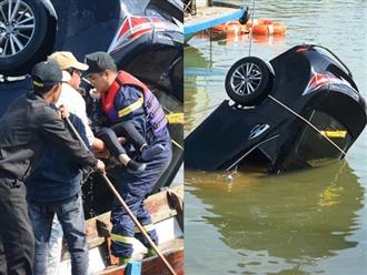 Lời kể xót xa của bé gái thoát chết trong vụ chồng lái xe chở vợ con lao xuống sông tự tử