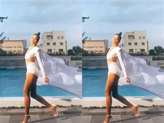 H'Hen Niê lại 'gây mê' với đường catwalk đẹp lịm tim ở bể bơi