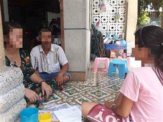 Đang hiếp dâm bé gái hàng xóm, cha hốt hoảng khi bị con gái út bắt quả tang