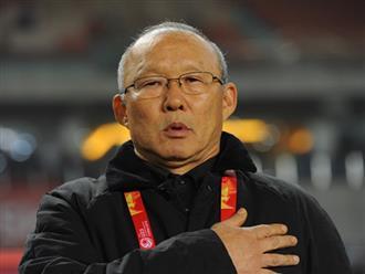 HLV Park Hang-seo trao tặng hơn 2 tỷ đồng tiền thưởng cho người nghèo và bóng đá Việt