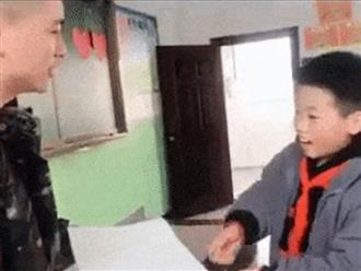 Không làm bài tập về nhà, cậu bé 'vụng chèo khéo chống' cực hài khiến thầy nghe xong chỉ muốn... bỏ nghề