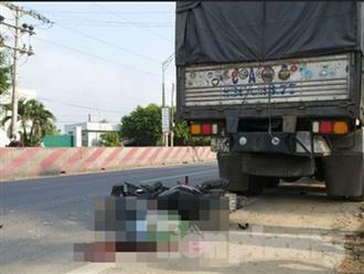 Nam thanh niên tử vong thương tâm khi tông vào xe tải đang dừng bên đường