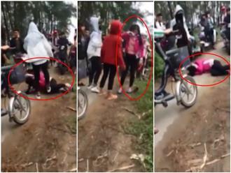 Chỉ vì một câu nói trên Facebook, 3 nữ sinh đánh hội đồng dã man khiến bạn ngã gục giữa đường