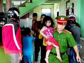 Sau khi đánh vợ nhập viện, chồng nhốt 3 con ruột vào phòng ngủ rồi châm lửa đốt nhà