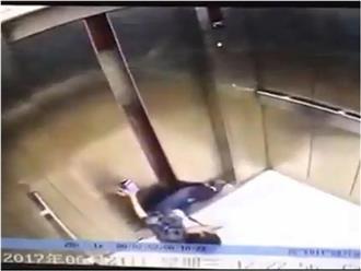 Dán mắt vào điện thoại, người phụ nữ bị thang máy nghiến đứt lìa chân