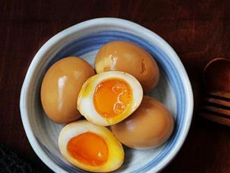 Mỗi ngày cho con ăn một quả trứng để tăng chiều cao, sau vài tuần mẹ bật khóc hối hận trong phòng cấp cứu