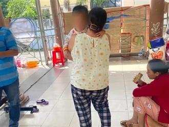 TP.HCM: Đi vệ sinh để dính phân vào dép, bé gái 3 tuổi bị mẹ đánh tử vong