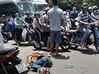 TP.HCM: Tên trộm xe máy SH rút dao đâm loạn xạ khiến 3 người bị thương
