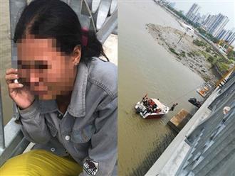 Chở vợ lên cầu, chồng móc ví tiền, điện thoại đưa vợ rồi nhảy sông Sài Gòn tự tử