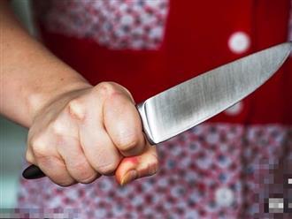 Ghen tuông, vợ canh chồng ngủ rồi cầm kéo cắt phăng 'của quý'
