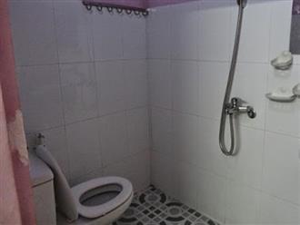 Bà Rịa - Vũng Tàu: Nữ sinh lớp 7 đẻ rơi trong phòng tắm, lấy kéo tự cắt rốn cho con