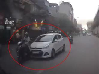 Clip: Tài xế 'xe điên' nhận cái kết đắng sau khi tông hàng loạt xe máy ô tô trên đường phố