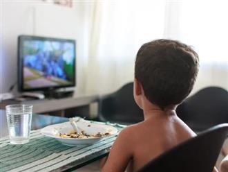 10 kiểu dạy con ăn uống sai lầm mà đa số các bậc phụ huynh đều mắc phải