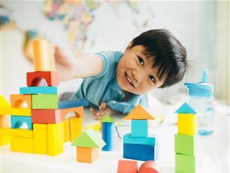 2 kỹ năng cần thiết nên dạy con trước 1 tuổi để sau này mẹ nhàn hạ, đỡ vất vả hơn