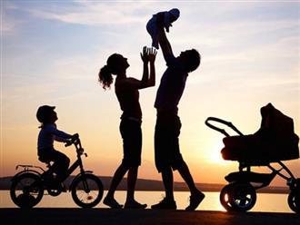 3 biểu hiện cho thấy 1 gia đình đang lụi bại, con cái dù tốn công dạy dỗ cũng khó nên người