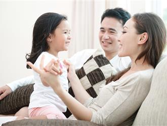 3 cách giáo dục bố mẹ hay sử dụng mà không biết rằng điều này có thể khiến con trở nên nhút nhát yếu đuối