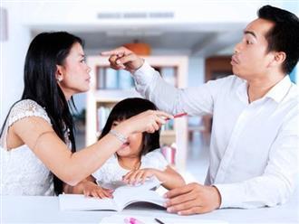 3 điều cha mẹ đừng làm trước mặt con cái nếu không muốn hối hận