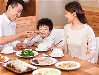 3 khoản cha mẹ chịu chi cho con trai, mai sau con nên người sẽ biết ơn vô bờ bến
