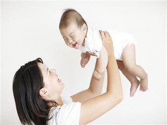 3 thói quen cha mẹ vẫn làm hàng ngày nhưng không hề hay biết sẽ gây hại cho trẻ