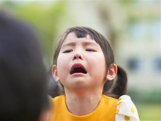 4 câu 'thần chú' giúp con vui vẻ và độc lập hơn cha mẹ cần ghi nhớ