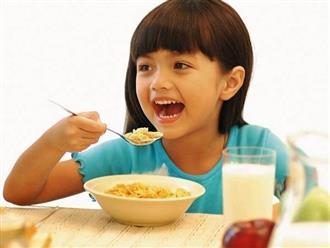 4 kiểu ăn sáng gây tổn hại sức khỏe của trẻ nhất, rất nhiều mẹ đang làm