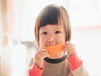 4 loại trái cây cha mẹ nên cho trẻ ăn thường xuyên, vừa giúp tăng khả năng miễn dịch vừa tốt cho mắt