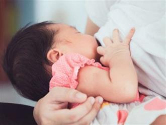 4 nỗi khổ mà mẹ bỉm sữa thường phải đối mặt khi cho con bú