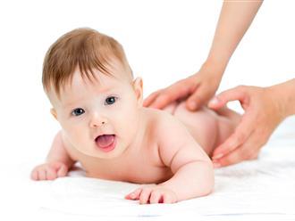 5 bước mát - xa trị dứt đầy hơi và táo bón ở trẻ siêu nhanh