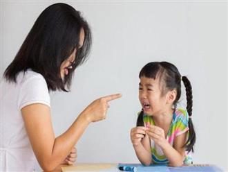 5 hành động xấu của cha mẹ ảnh hưởng không tốt tới sự phát triển trong tương lai của con