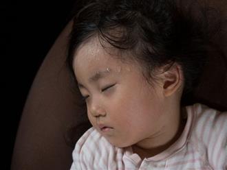 5 thói quen khi ngủ của trẻ cảnh báo dấu hiệu bệnh tật, mẹ chớ xem nhẹ